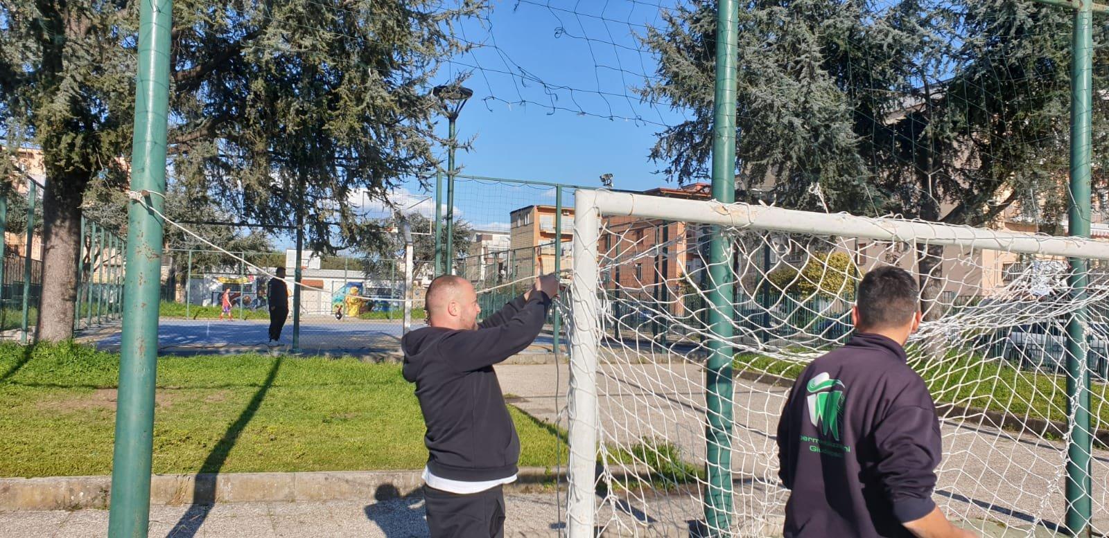 Napoli: volontari si prendono cura del proprio territorio ...